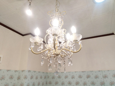 アマナ店内 シャンデリア照明